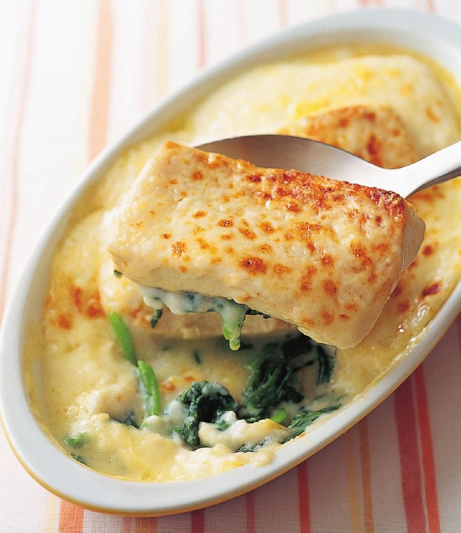 写真は、豆腐を使った料理/『決定版 最強コスパの100円おかず503』(主婦の友社)より