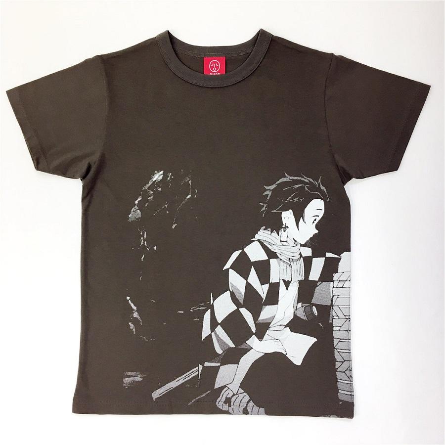 写真は、「鬼滅の刃」コラボTシャツ(提供:チャンネルアッシュ)   ©吾峠呼世晴/集英社・アニプレックス・ufotable