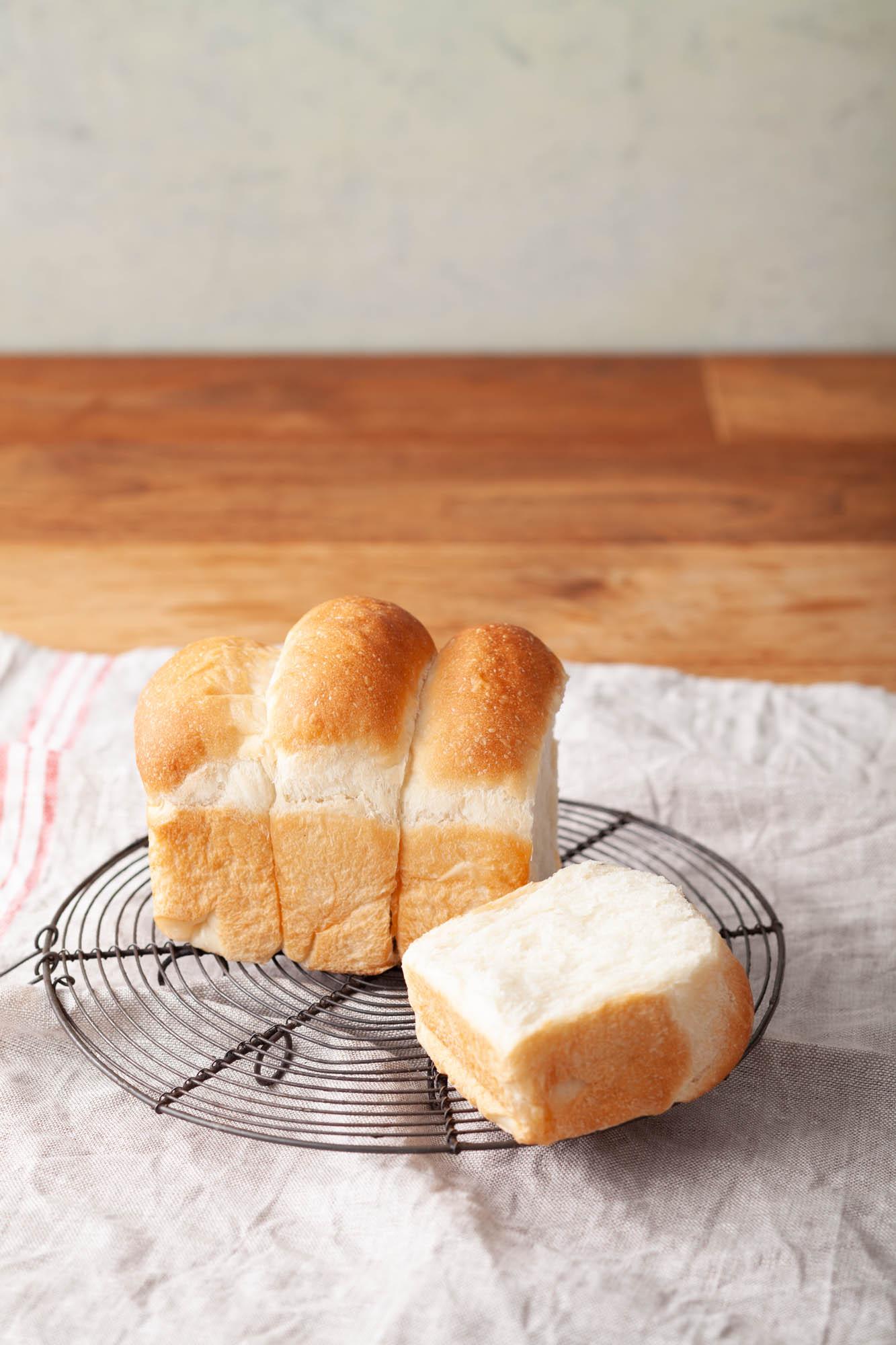 本格的なふわふわの食パン