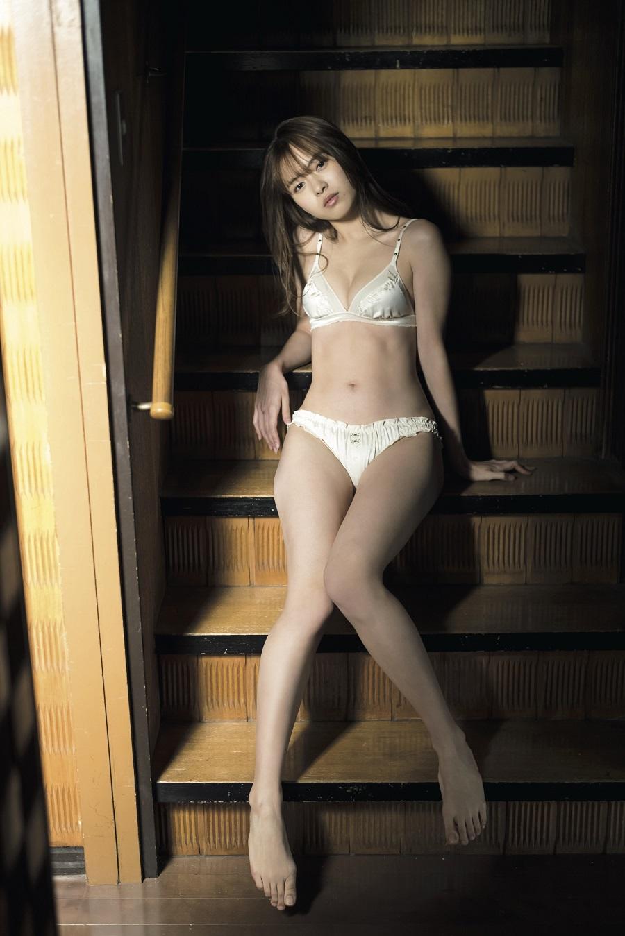 写真は、新條由芽さん (C)光文社/週刊『FLASH』 写真◎藤本和典