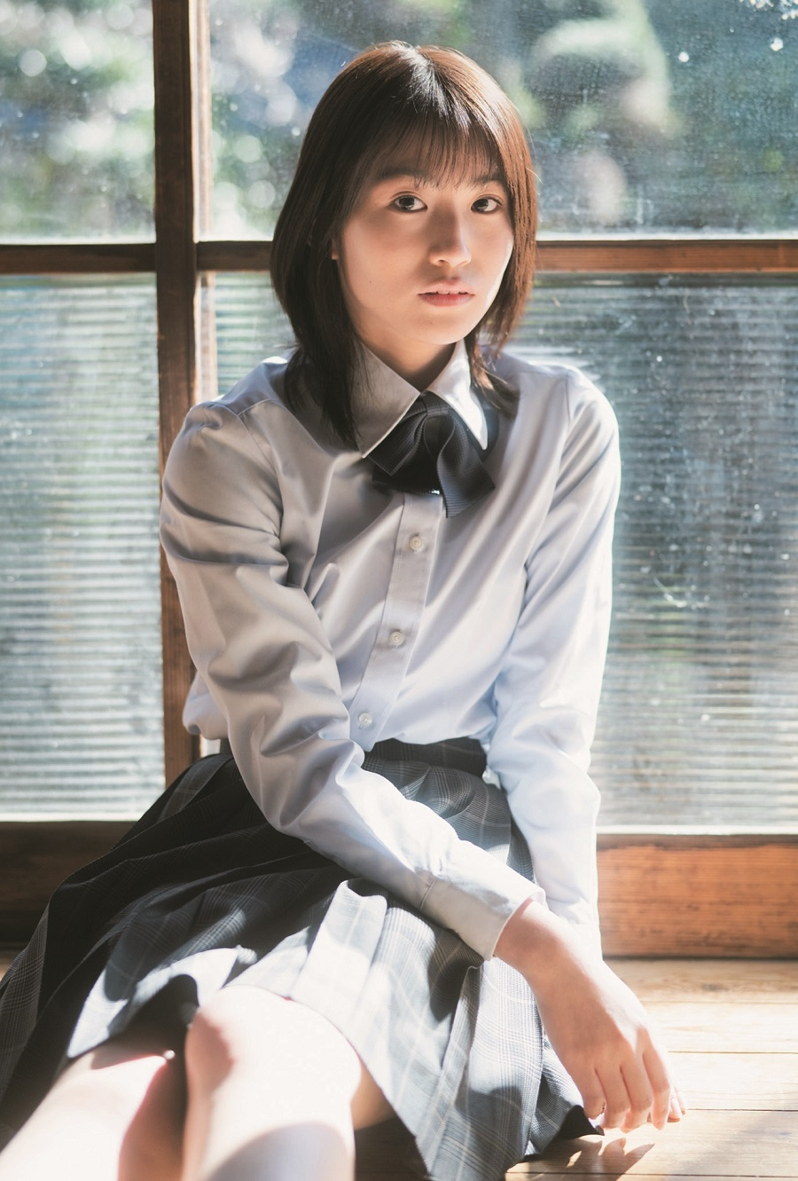 写真は、掛橋沙耶香さん(乃木坂46)ポストカード(提供:東京ニュース通信社)