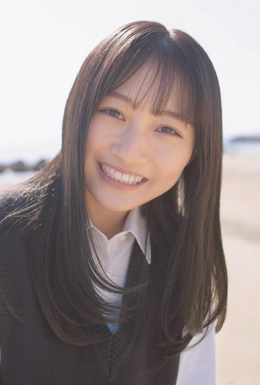 写真は、山本彩加さん(NMB48)ポストカード(提供:東京ニュース通信社)